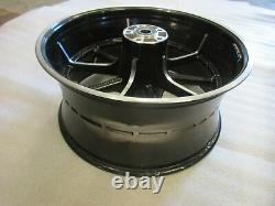 746. Harley Davidson Softail Breakout Jante Rear Wheel 8.00 X 18 Inches