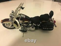 Harley- Davidson Softail Classic 1/10th