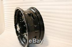 Nine Nos Oem Harley Softail Rear Wheel Magnum 17 X 5 6 Shiny 40,900,061