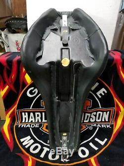 Harley Davidson Cuir Softail Badlander Siège 2000-2006 Nice Siège